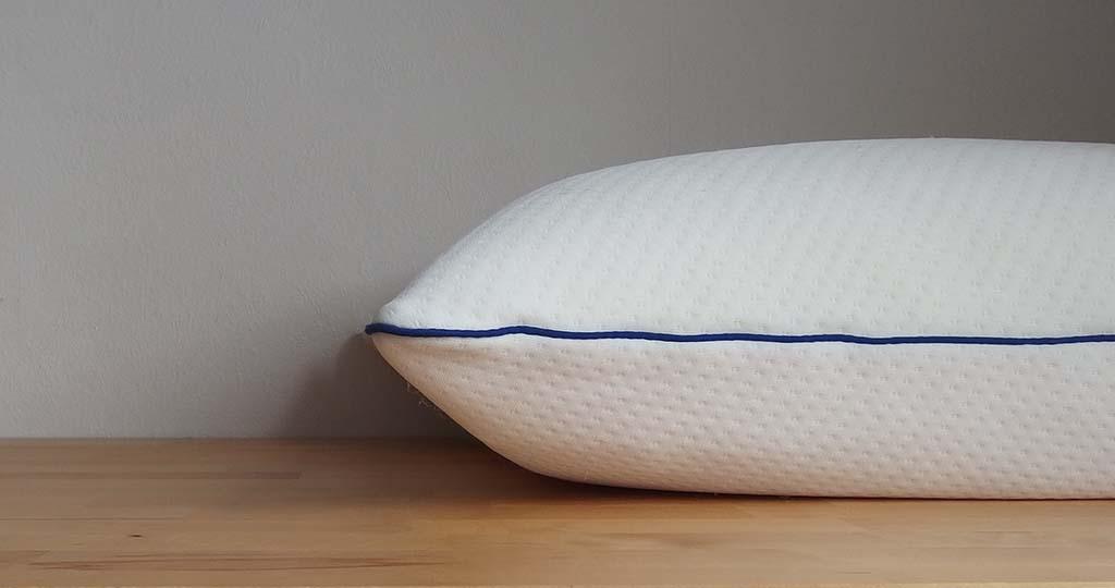 oreiller bleu câlin côté